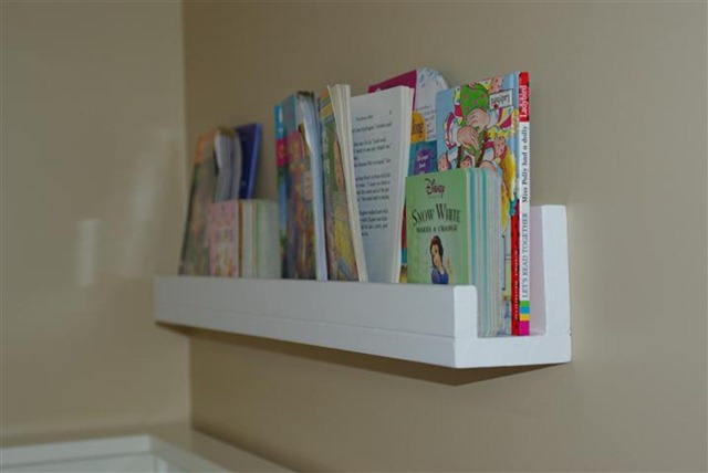 Wall Mounted Photo And Book Shelf